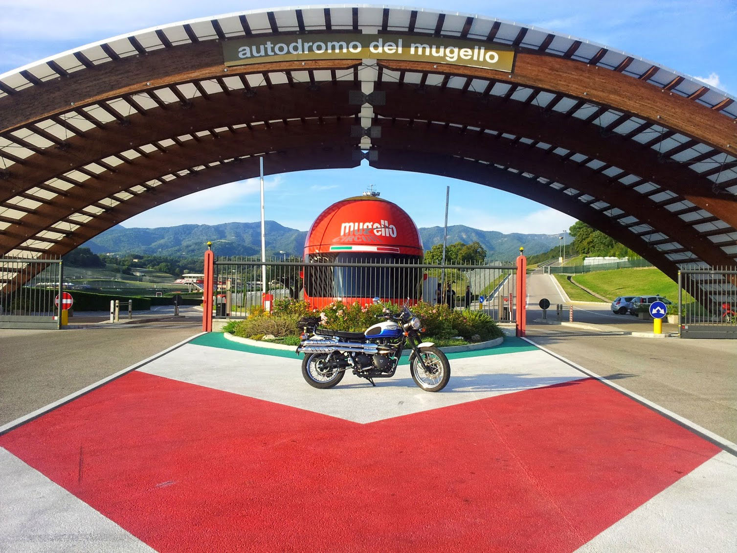 Circuito Del Mugello : Mugello circuit how to get to the mugello race track for italian