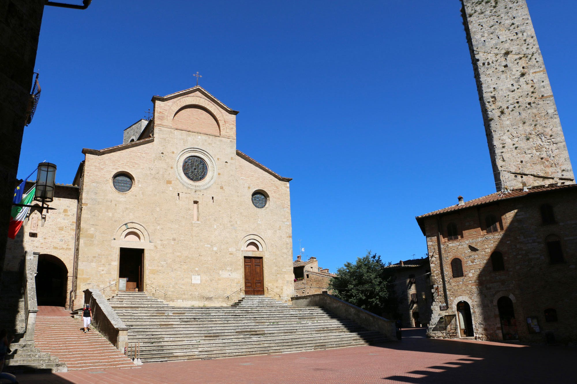 duomo in san gimignano  visit the stupendous collegiata of